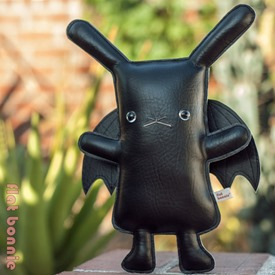 FlatBonnie_BatBun_11_SQ_Blog