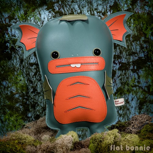 Flat-Bonnie-DesignerCon-Exclusive-Dobichan-Swamp-Monster-Plush-A7s07671-800
