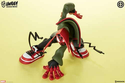 miles-designer-toy_marvel_gallery_5c895e406e145